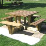 mobilier bois pour espaces verts