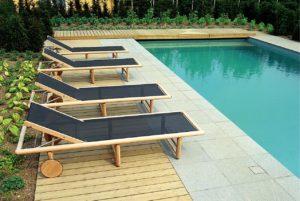 piscine et transat